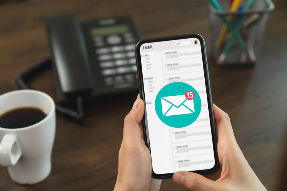 send-invoice-via-email